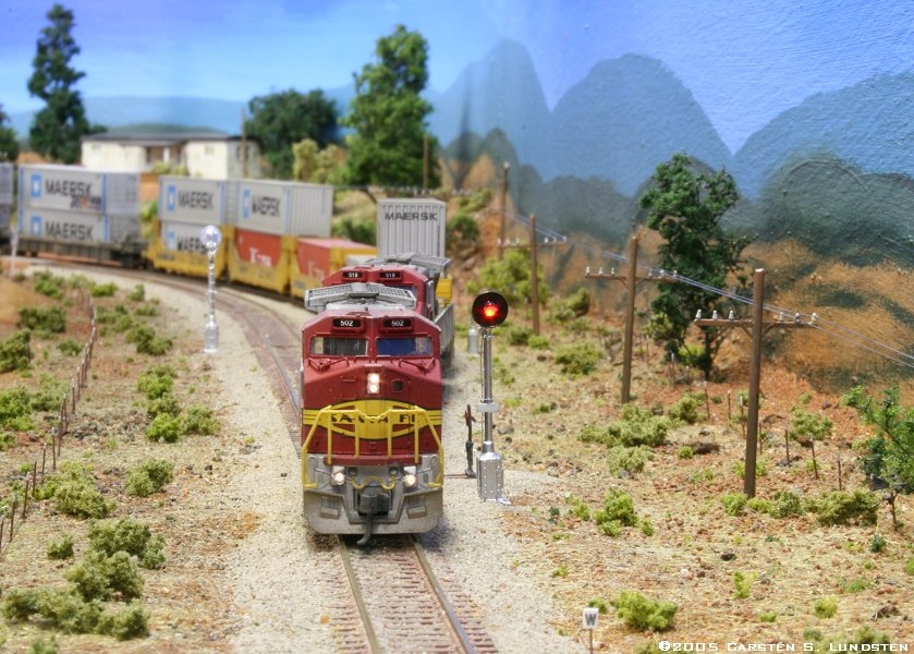 Model railroading model trains reviews track plans and forums